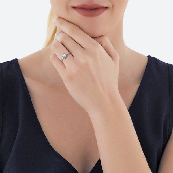 modelo virtual anillo